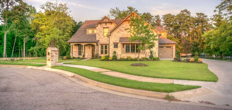 Maintaining Your Turf Lawn Is Very Easy
